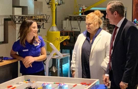 Minister Sue Ellery and Premier Mark McGowan at the Automation Course launch at South Metro TAFE